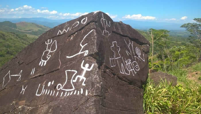 petroglifos de polish